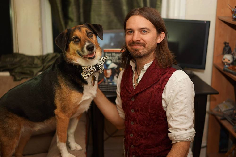 Author of this post with his faithful companion. But which one is which?