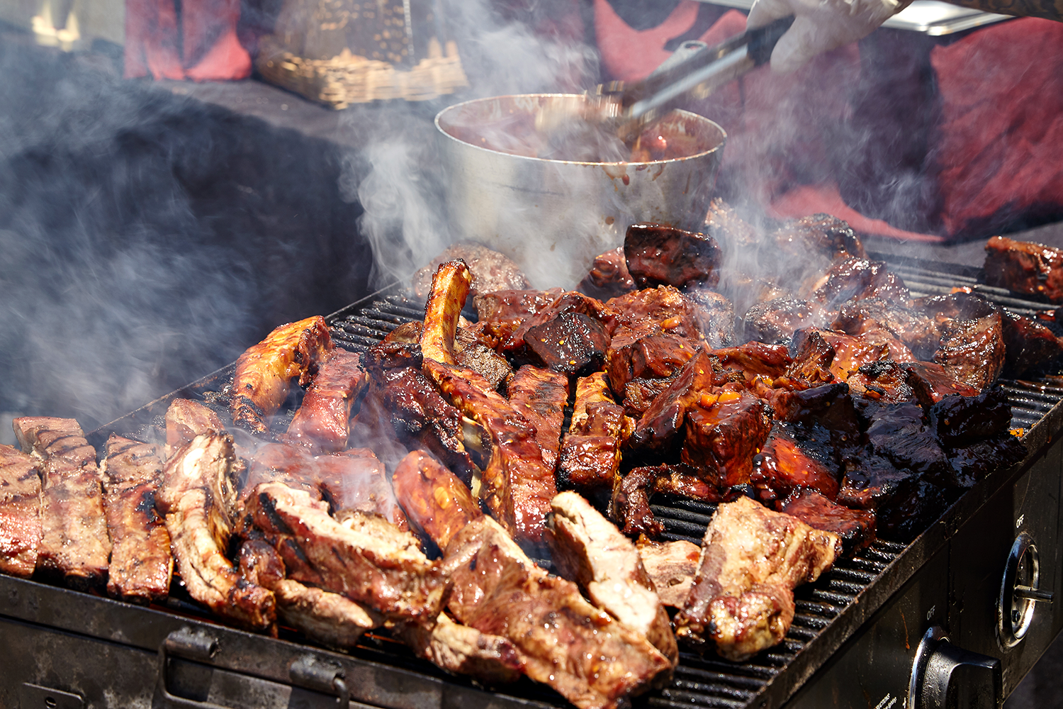 Smithfield Attempts To Set A Bbq World Record At Arrowhead