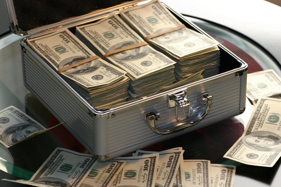 Will restaurants go cashless in the future?