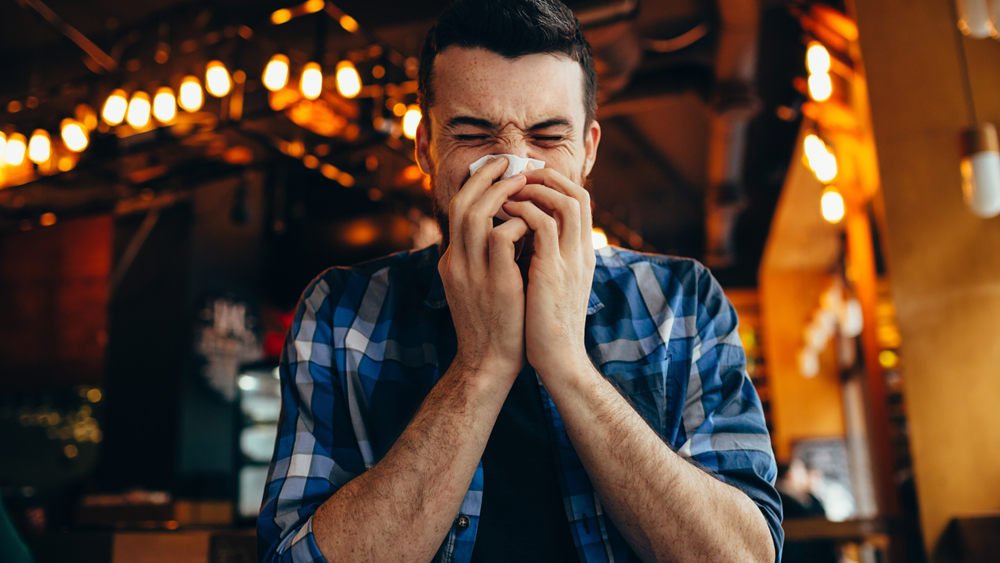 Tips to manage sick restaurant guests with the flu