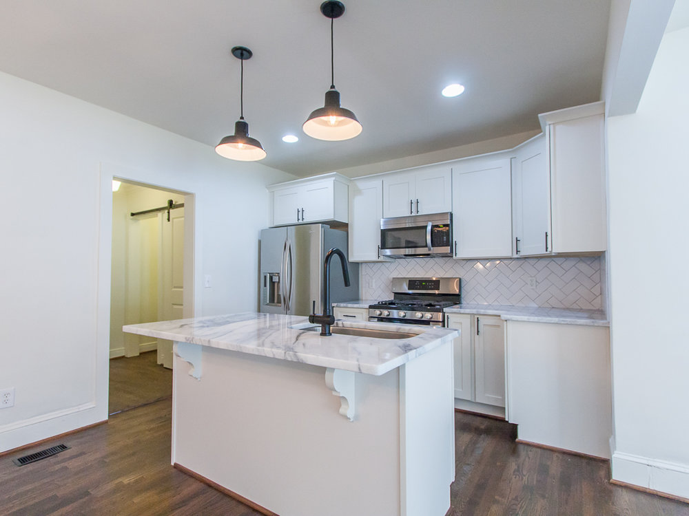 2204 Ridgedale-Kitchen 2.jpg