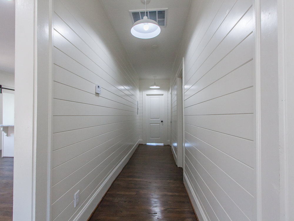 220 Warren-Hallway.jpg