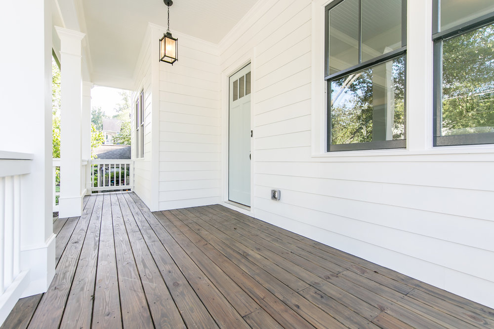 817 3rd Ave-Front Porch 2.jpg