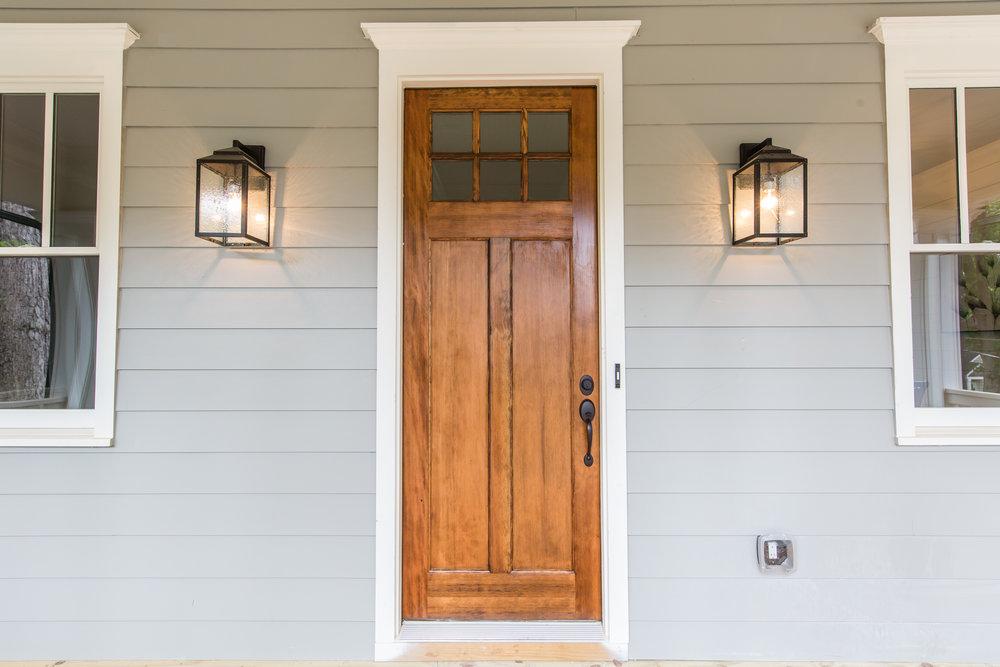 2140 Delano-Front Door.jpg