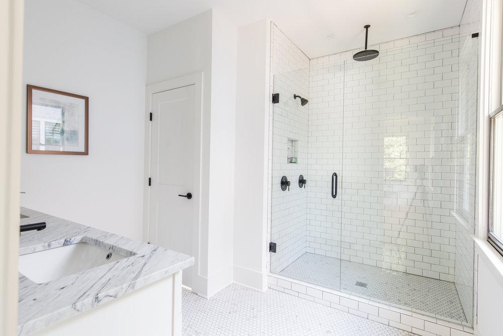 991 Mauldin B-Master Bath.jpg