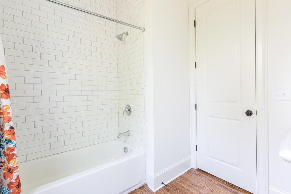 224 Rockyford-Guest Bath 2.jpg
