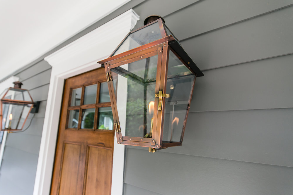 909 3rd Ave-Gas Lantern.jpg
