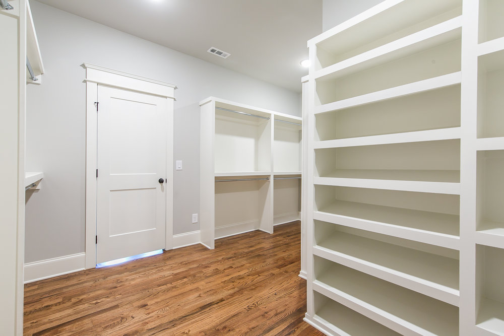 909 3rd Ave-Walk in Closet.jpg