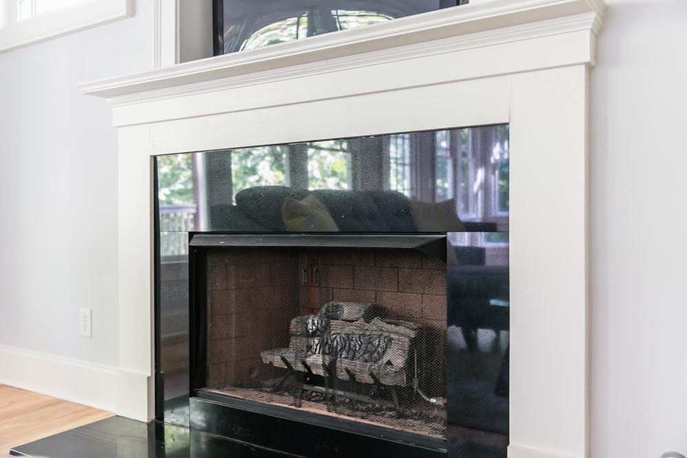 28 Lakeview-Fireplace.jpg