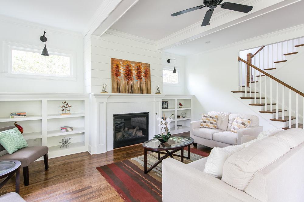 2256 Ridgedale-Living 1.jpg
