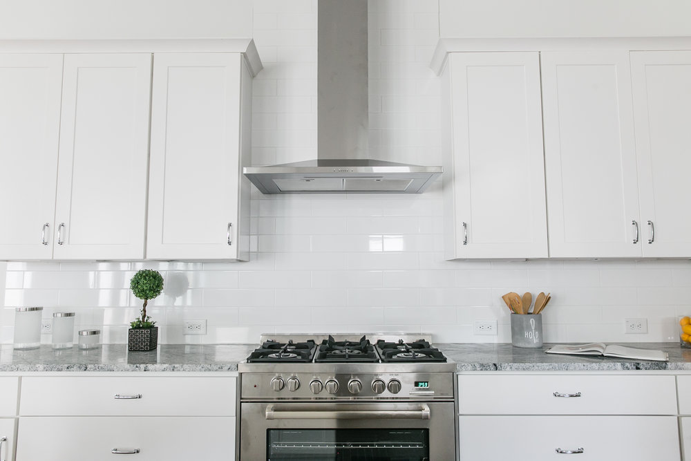 222 Kirkwood-Kitchen Stove.jpg