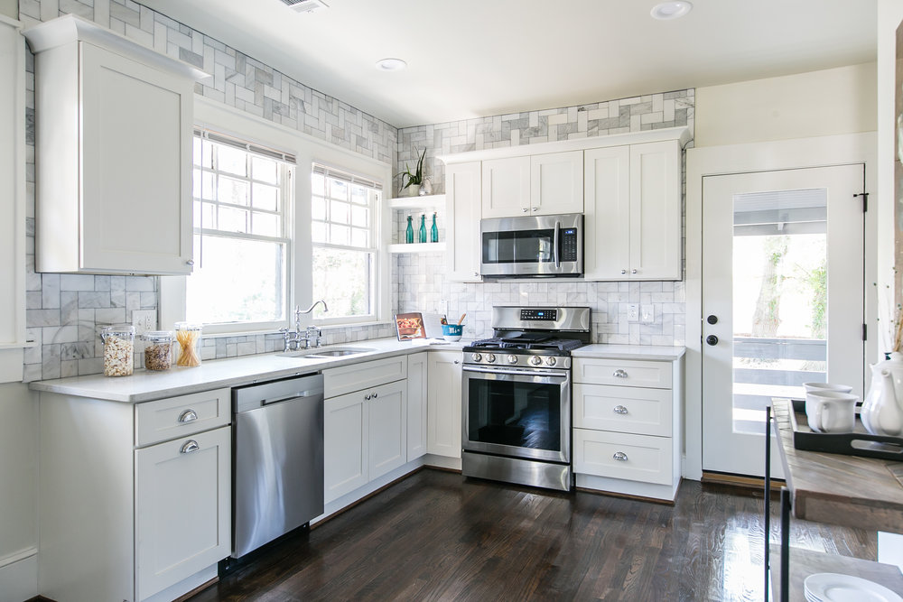 944 Beecher-Kitchen 1.jpg