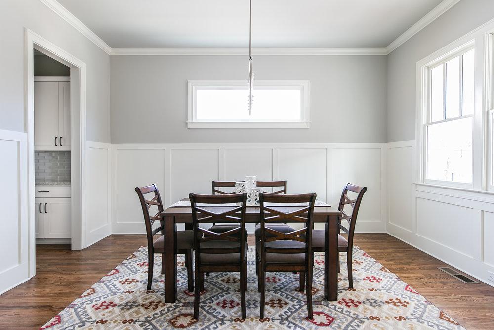 252 Rockyford-Dining 1.jpg