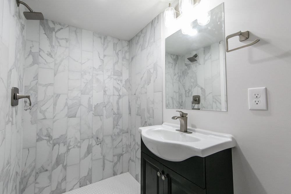 2046 E Camellia-Basement Bath.jpg