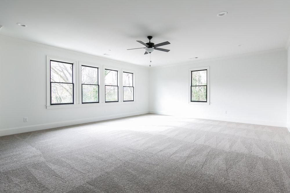 218 Kirkwood-Bonus Room 1.jpg