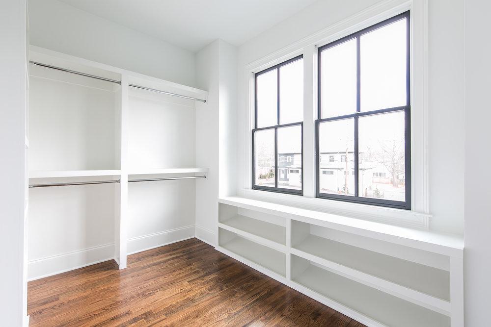 218 Kirkwood-Master Closet.jpg