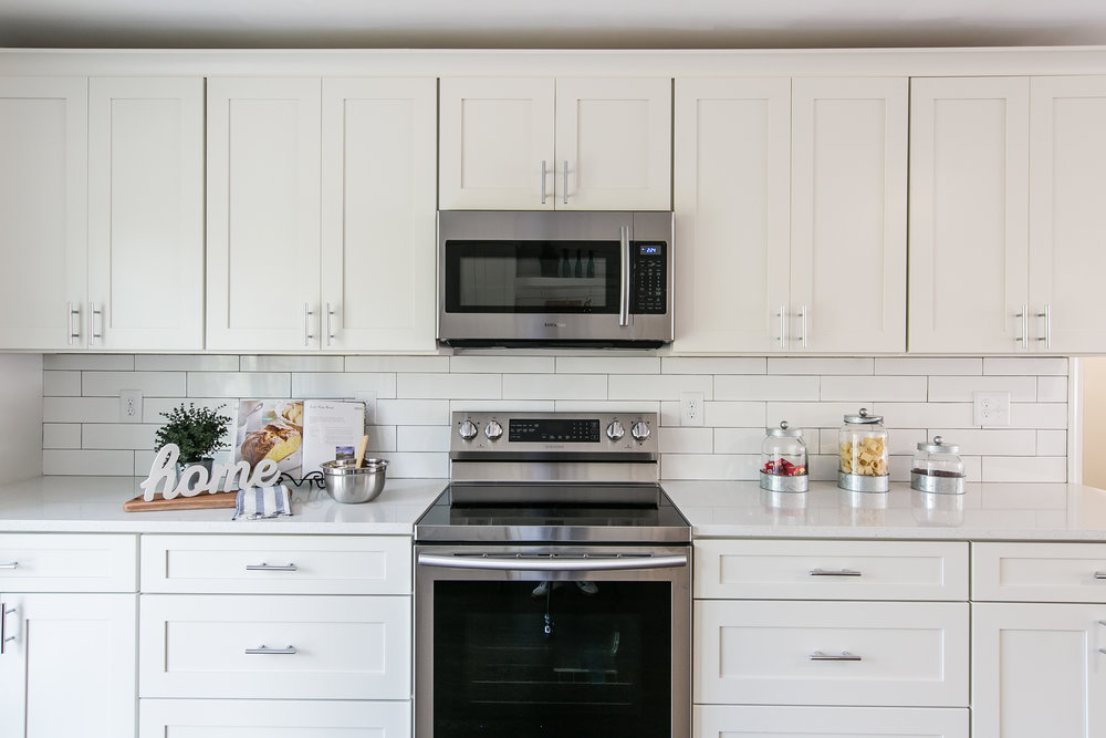 2105 Honeysuckle-Kitchen Stove.jpg