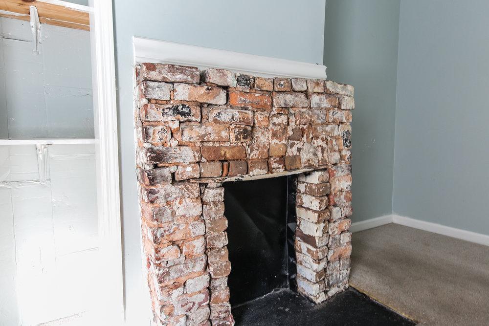 11 Montgomery-Master Fireplace.jpg