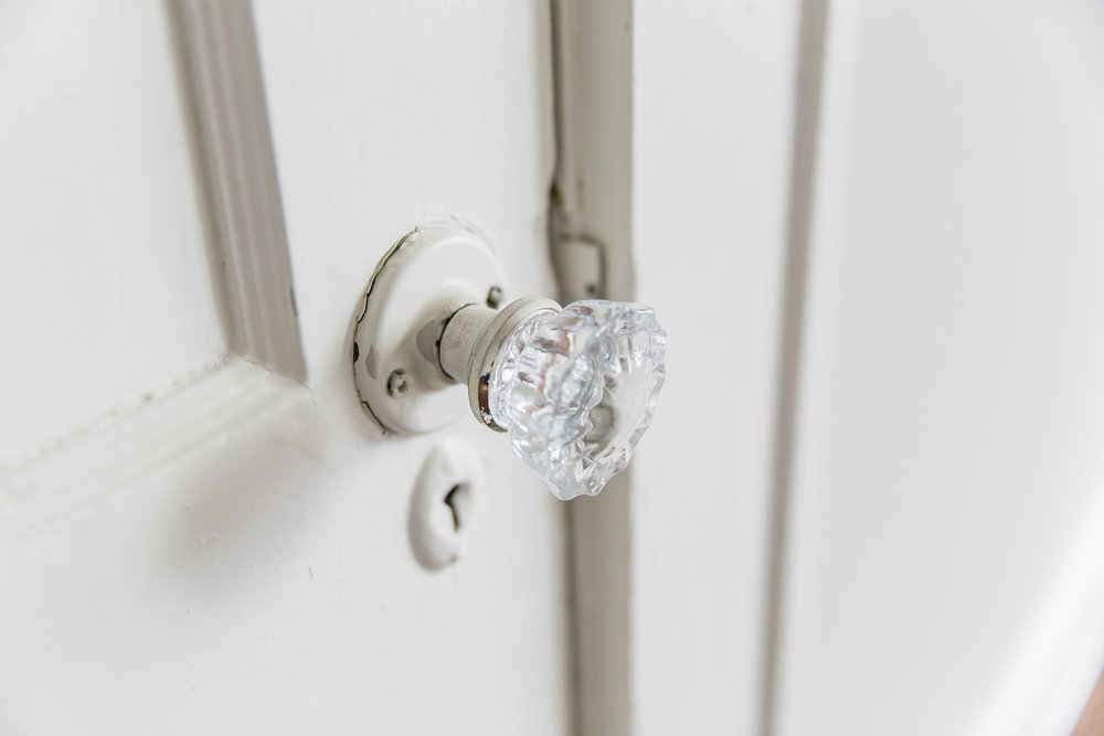 372 Morgan Place-Bed Knob.jpg