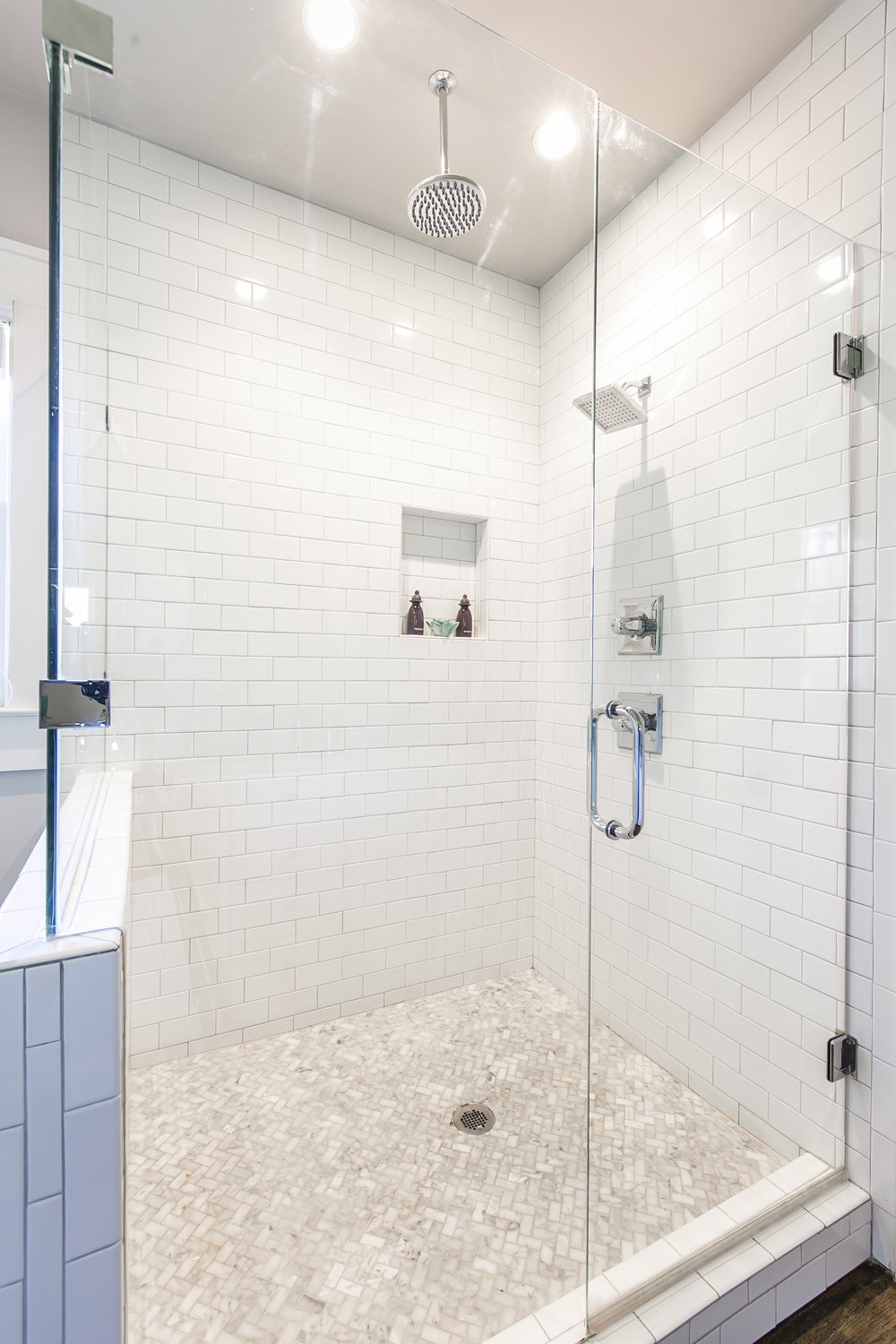 372 Morgan Place-Master Shower.jpg