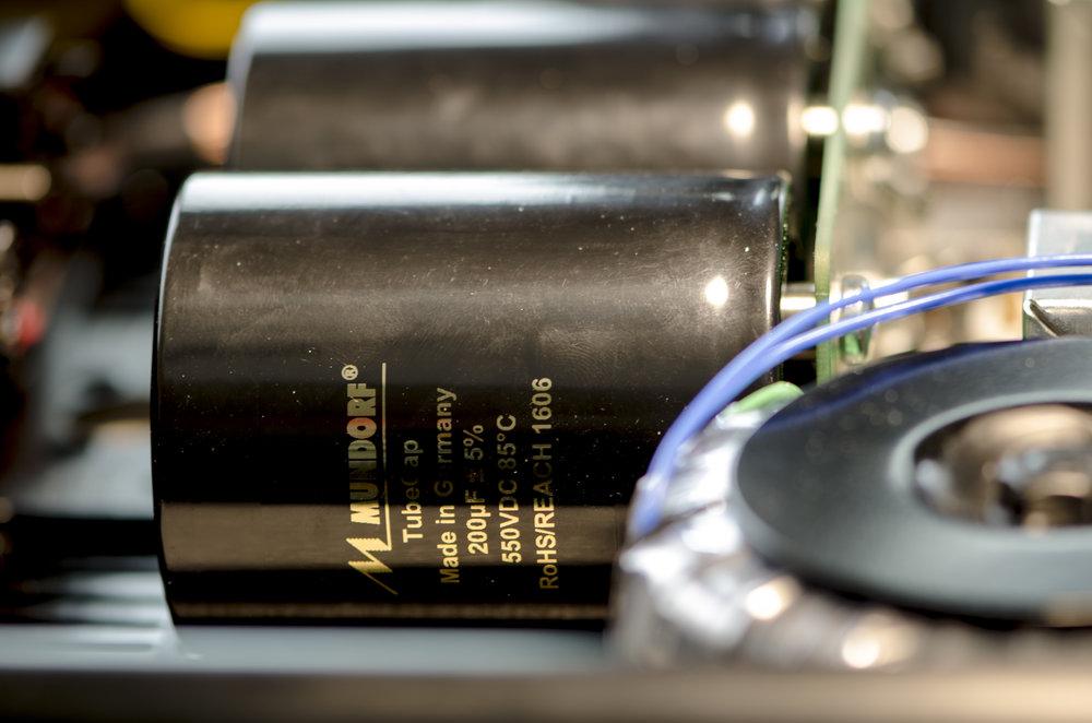 Mundorf MTube capacitors for voltage filter