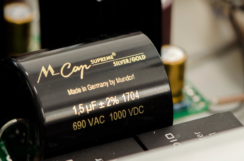 Mundorf MCap Supreme Silver/Gold capacitor for interstage coupling