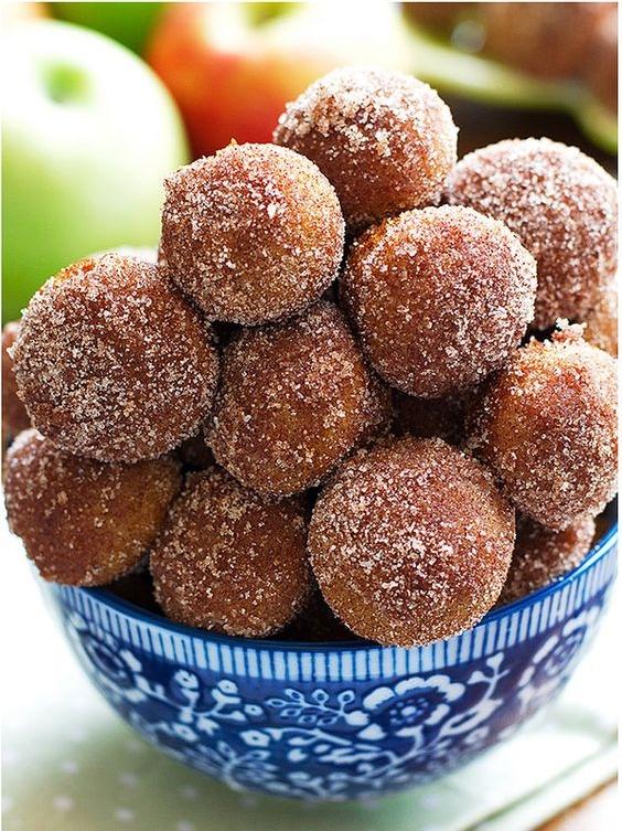 baked apple cider donuts.jpg