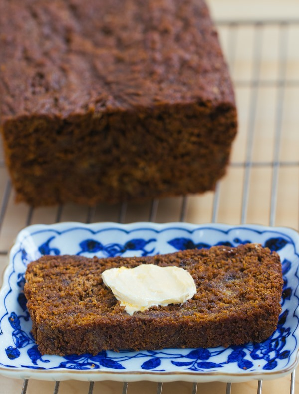 gingerbread banana bread.jpg