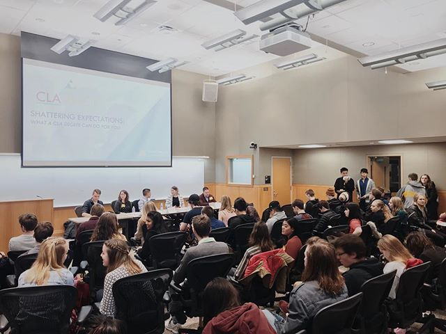 Thanks to everyone who turned out for our first #ShatteringExpectations panel. Even our own expectations have been shattered! . . . . . . #UMNCLA #UMNdriven #UMNproud #panel #readiness #careerreadiness