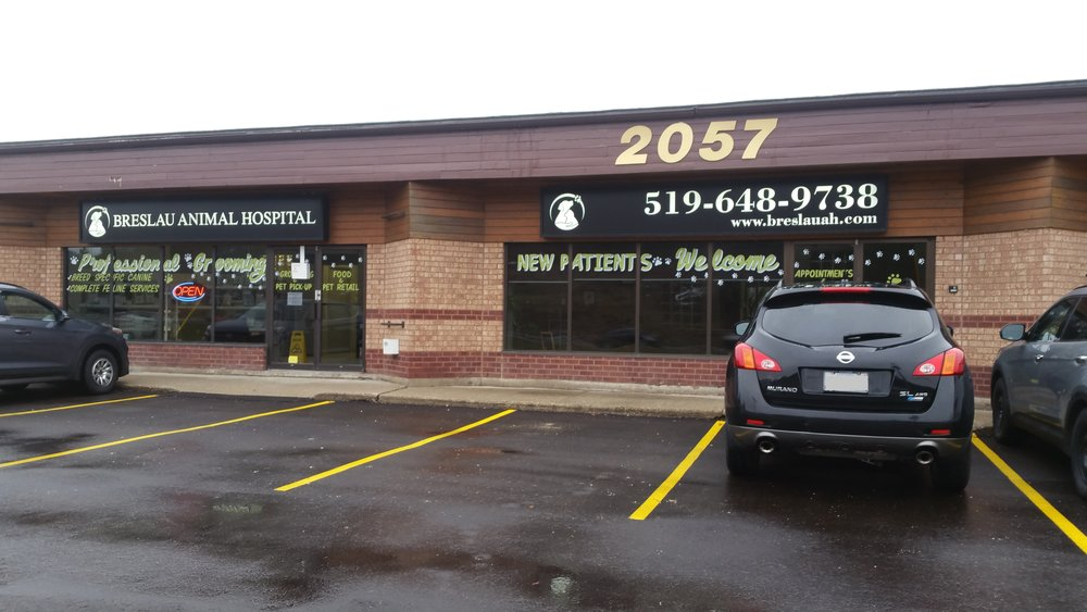 Breslau Animal Hospital - Front (New Signs).jpg