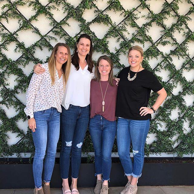 Fun trip to Waco to celebrate Kellie's 40th!  #thisis40 #girlstrip #popupshop🙌🏼 #wacotexas #magnoliatable #magnolia #magnoliamarket