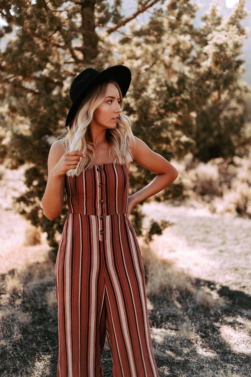 desert boho senior session_0006.jpg