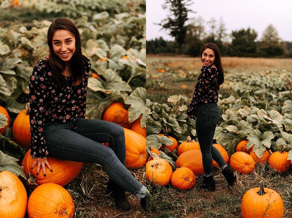 fall pumpkin patch friend session_0006.jpg