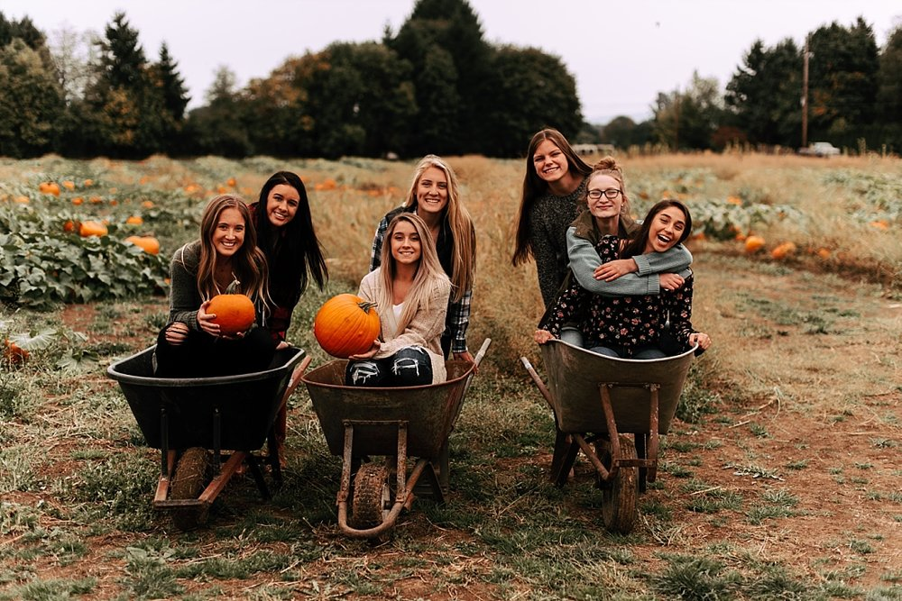 fall pumpkin patch friend session_0012.jpg