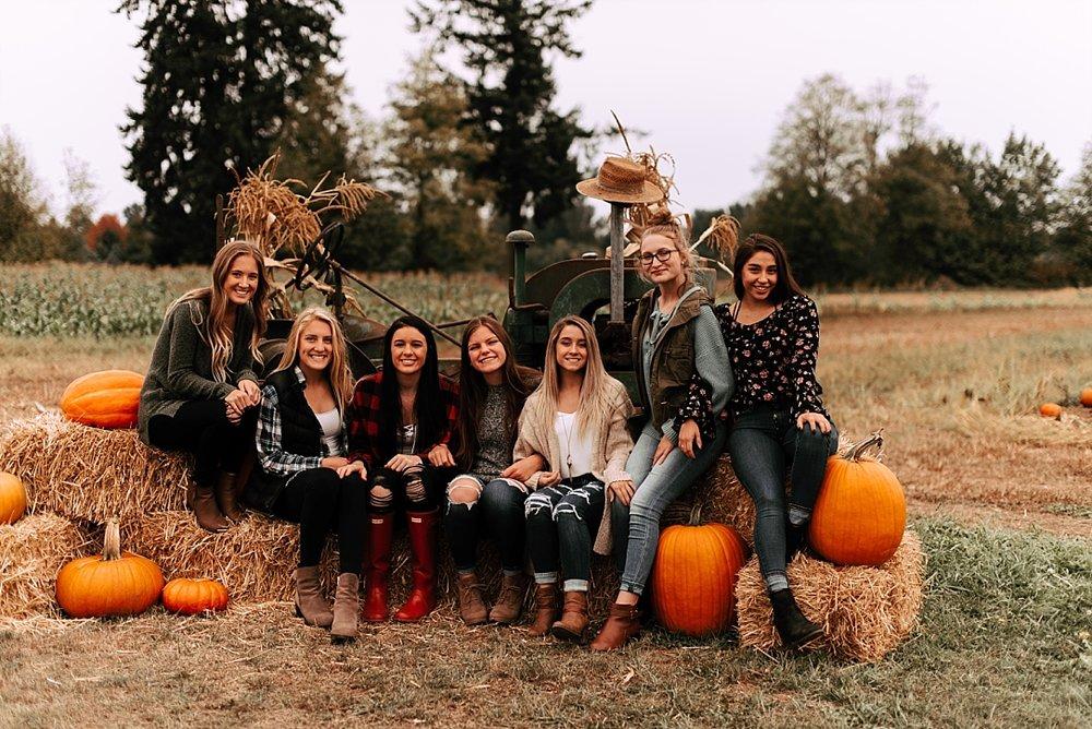 fall pumpkin patch friend session_0011.jpg