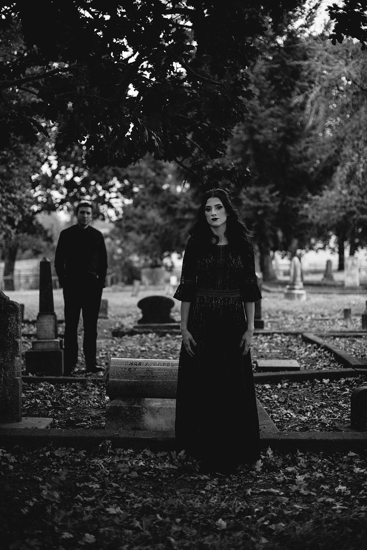 moody halloween elopement_0023.jpg