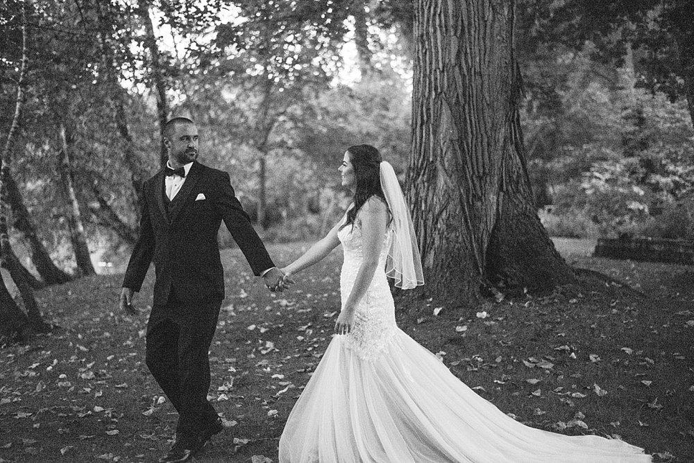 romantic backyard wedding_0034.jpg