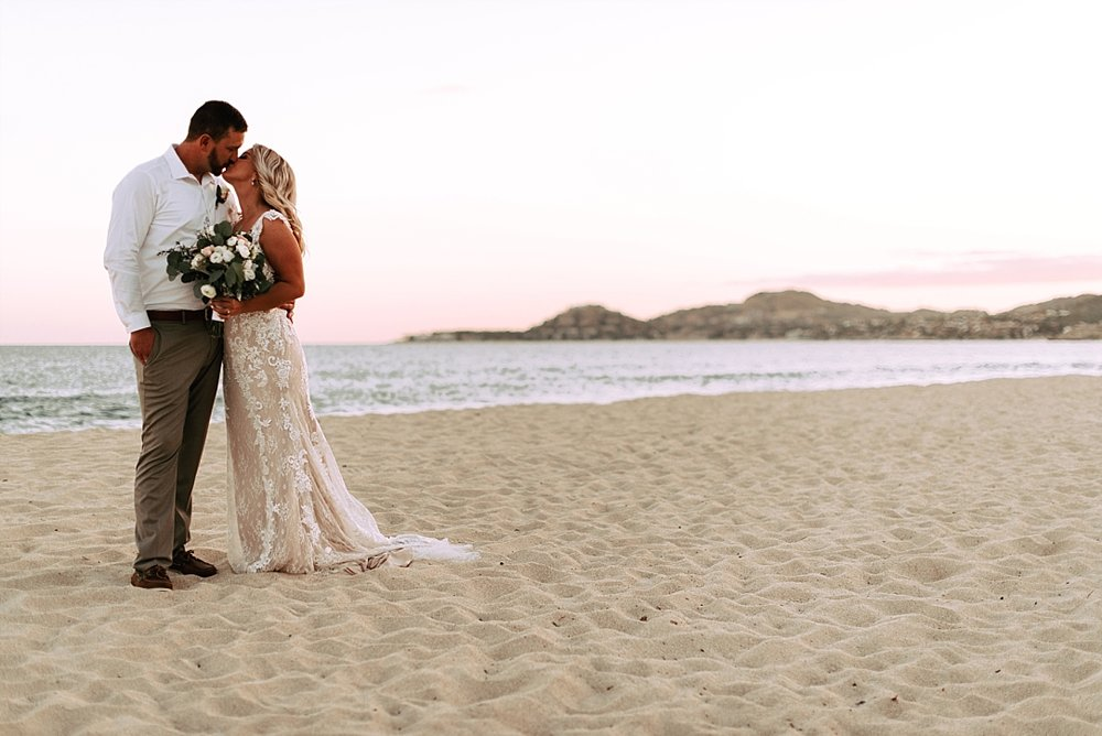 dreamy cabo beach wedding_0022.jpg