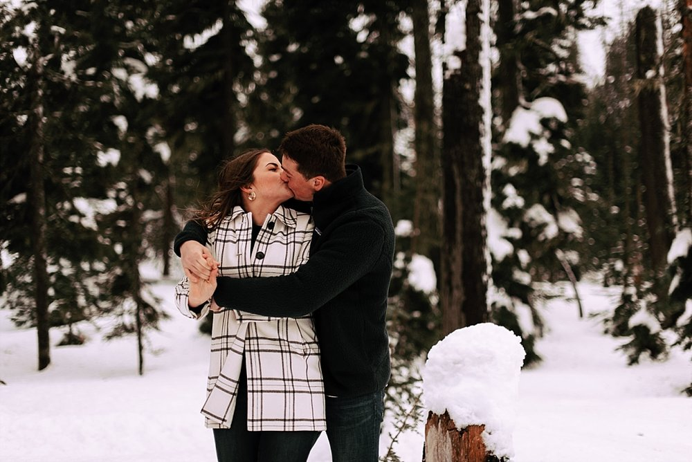 playful snow couple session_0003.jpg
