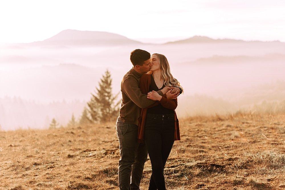 hillside couple session_0015.jpg