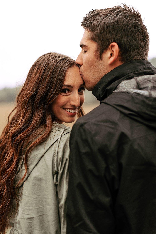 rainy day couple session_0024.jpg
