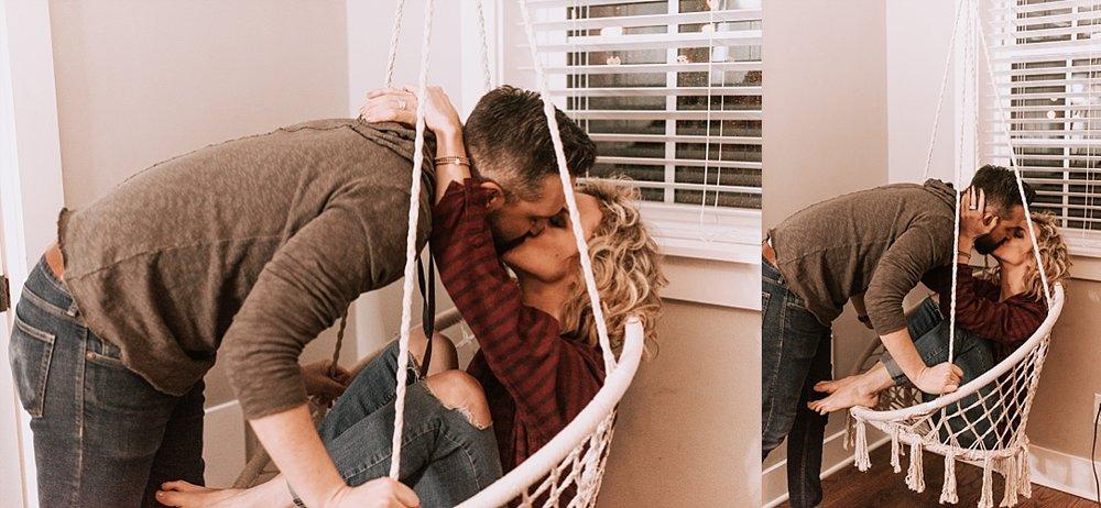 cozy playful nashville in home session_0014.jpg