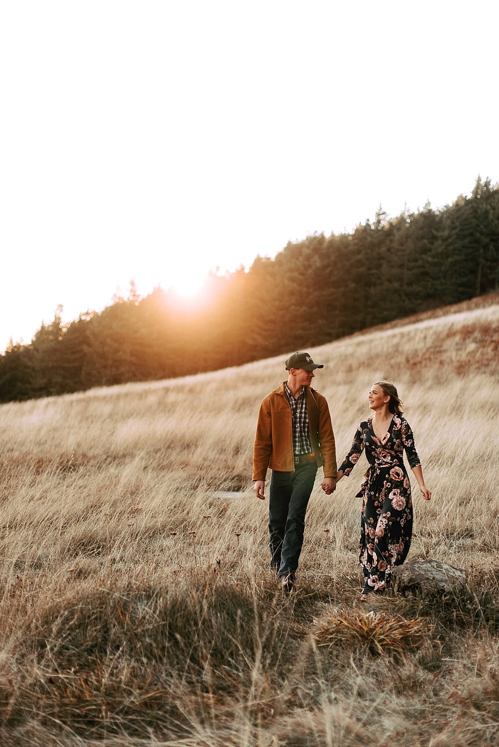 windy hillside engagement session_0022.jpg