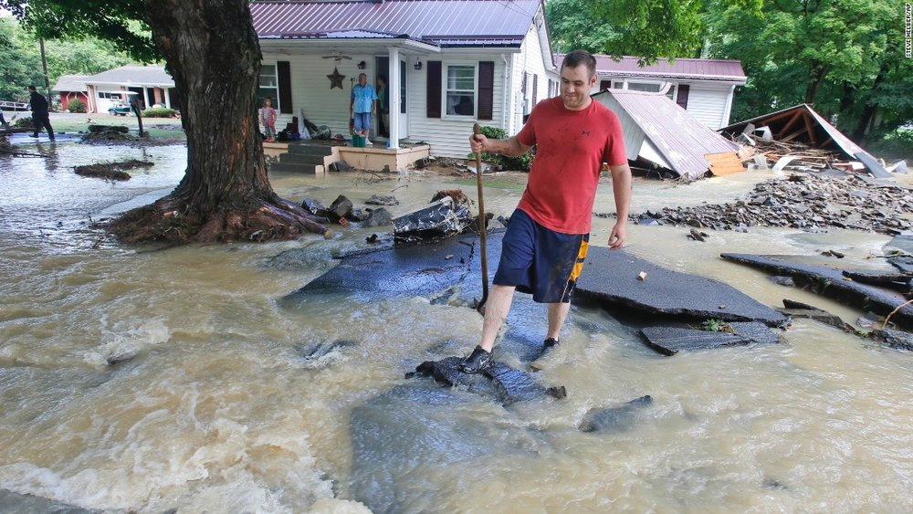 VA FLASH FLOODING LEADS T0 FATLITIES.jpg
