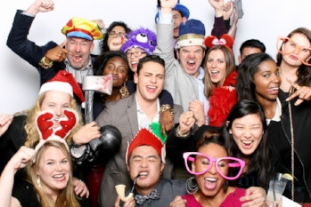 MeboPhoto-Mindshare-Holiday-Party-Photobooth-1.jpg