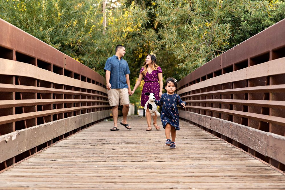 sharon kenney family photography bridge