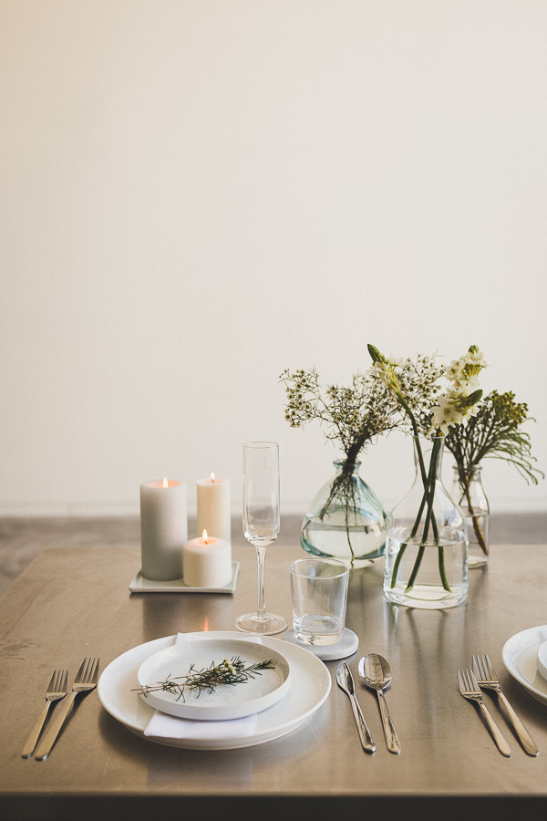 minimalism-ferre-sposa-wedding-table-setting-bridal-fashion