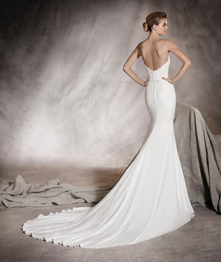 PRONOVIAS WEDDING DRESS SALE: 10% OFF — FERRÉ SPOSA