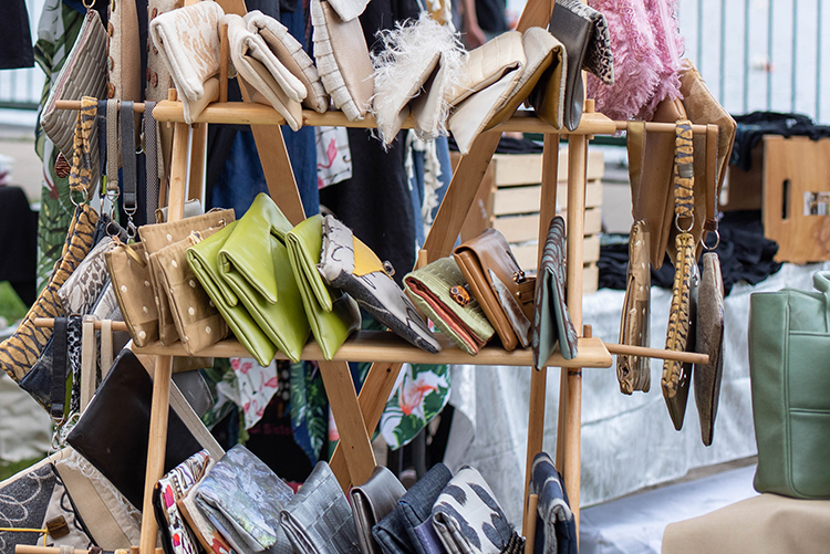 Wallet and Bag Stall-3105.jpg