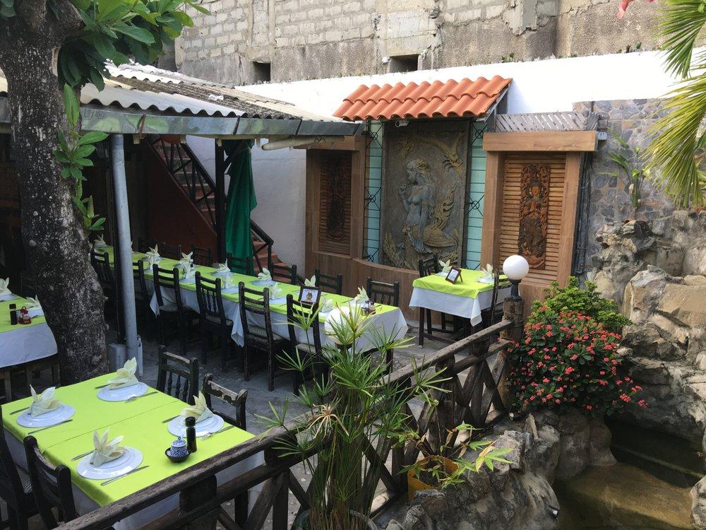 Thai food in Benin -- hold the mushrooms....